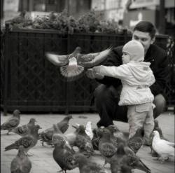 ЛУЧШЕЕ, ЧТО МОЖЕТ СДЕЛАТЬ МУЖЧИНА ДЛЯ - своего ребенка - это любить его мать.