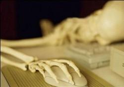 У ТЕБЯ СОТНИ ДРУЗЕЙ ВКОНТАКТЕ - кто из них прейдет на твои похороны?