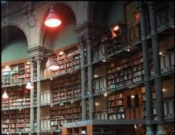"""ЧТОБЫ СТАТЬ """"УМНЫМ"""" ДОСТАТОЧНО  - прочитать 10 книг, но чтоб их найти перебереш тысячи.."""