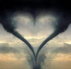 НЕ ПРИНИМАЙ ВСЁ БЛИЗКО К СЕРДЦУ, - а то сердце не выдержит.