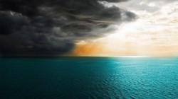 Иногда, бури бывают полезны для человека:  - немного потреплют вашу душу, но и вынесут всю грязь.