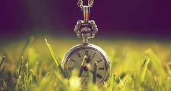 Каждая минута нашей жизни - -  это ещё один шанс всё изменить.