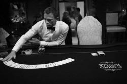 Жизнь как покер,  - ты можешь выиграть с любым раскладом.